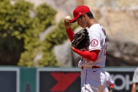 MLB》大谷翔平第2局退場 普侯斯滿貫轟解圍