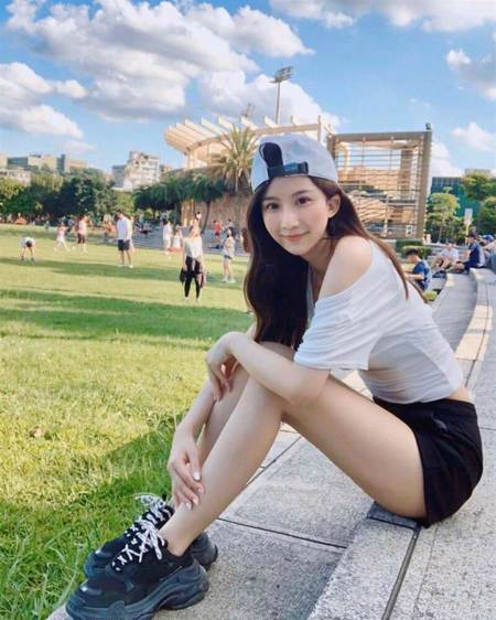 「台版佐佐木希」火辣現身 劉坊萱與孫生動物園一日約會全公開