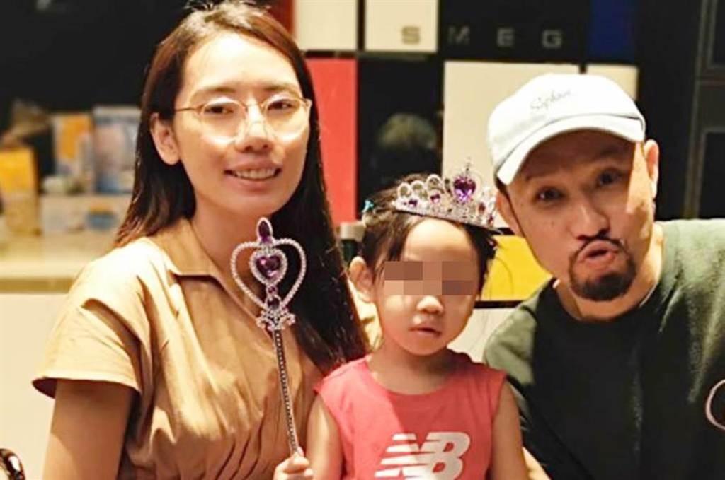 MC HotDog熱狗女友鄭年均,宣布流產憾事。(圖/nien.c IG)