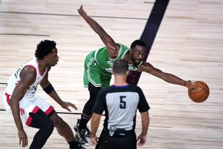 NBA》復賽不敗之身破功 暴龍更傷大將