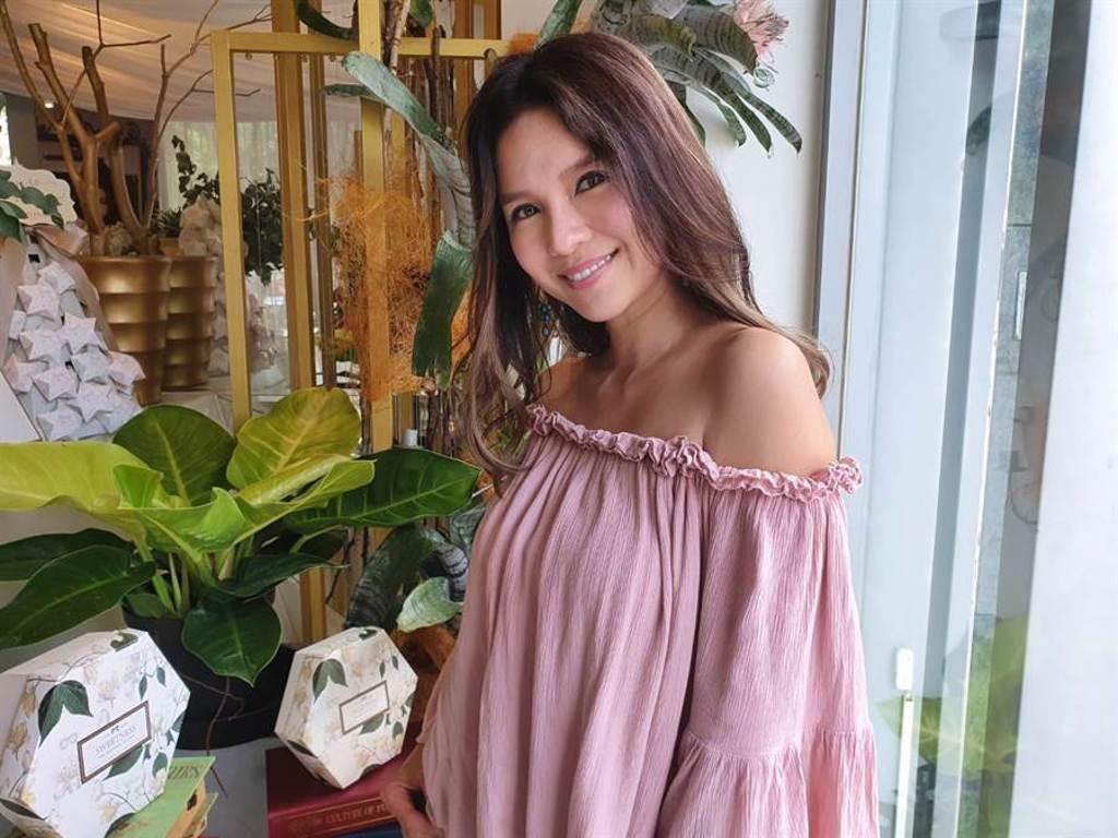 外型亮麗、擁有姣好身材的女星胡嘉愛,近日從美國搬回台灣。(照片/游定剛 拍攝)