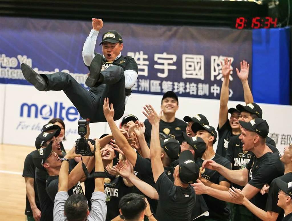 台灣夏季籃球挑戰賽將是台啤上季SBL摘冠之後的首次考驗。(中華籃協提供)