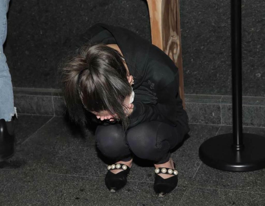 Makiyo一度還哭到蹲在地將近1分鐘。(盧禕祺攝)