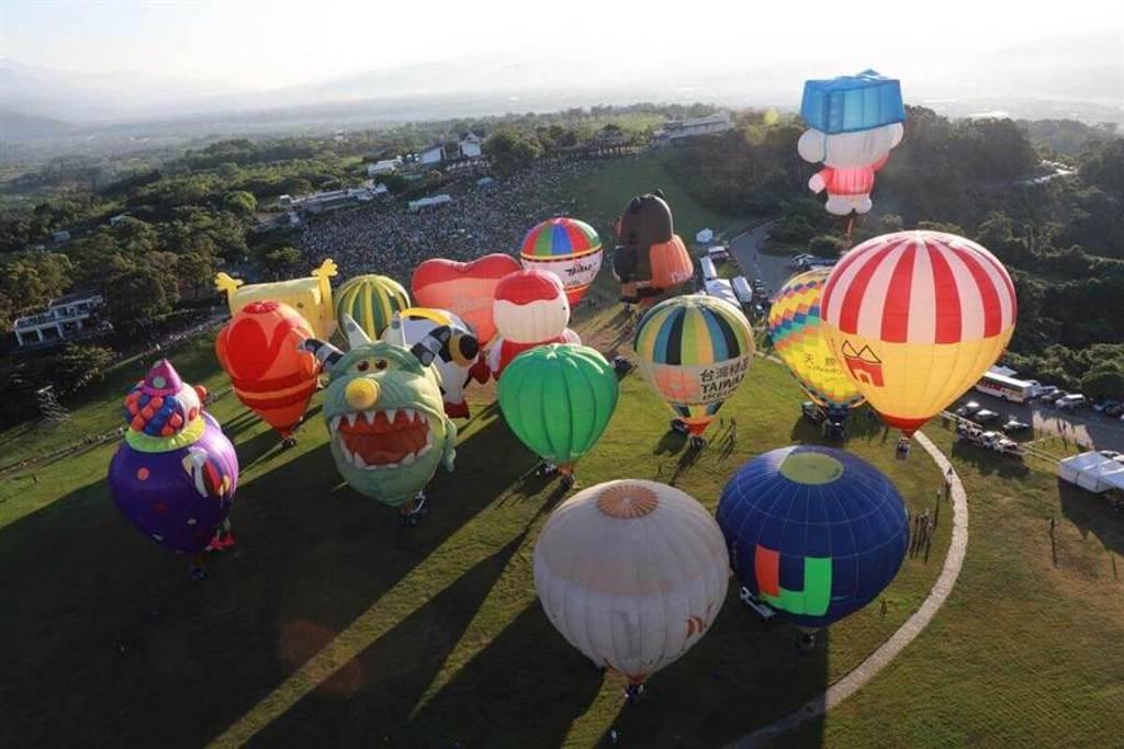 台東夏季必去行程,到鹿野高台賞熱氣球去。(圖/行遍天下提供)
