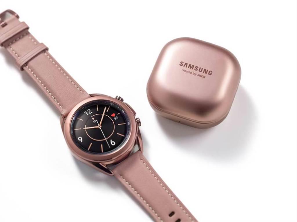 三星Galaxy Watch3與Galaxy Buds Live在台上市,圖為星霧金款式。(三星提供/黃慧雯台北傳真)