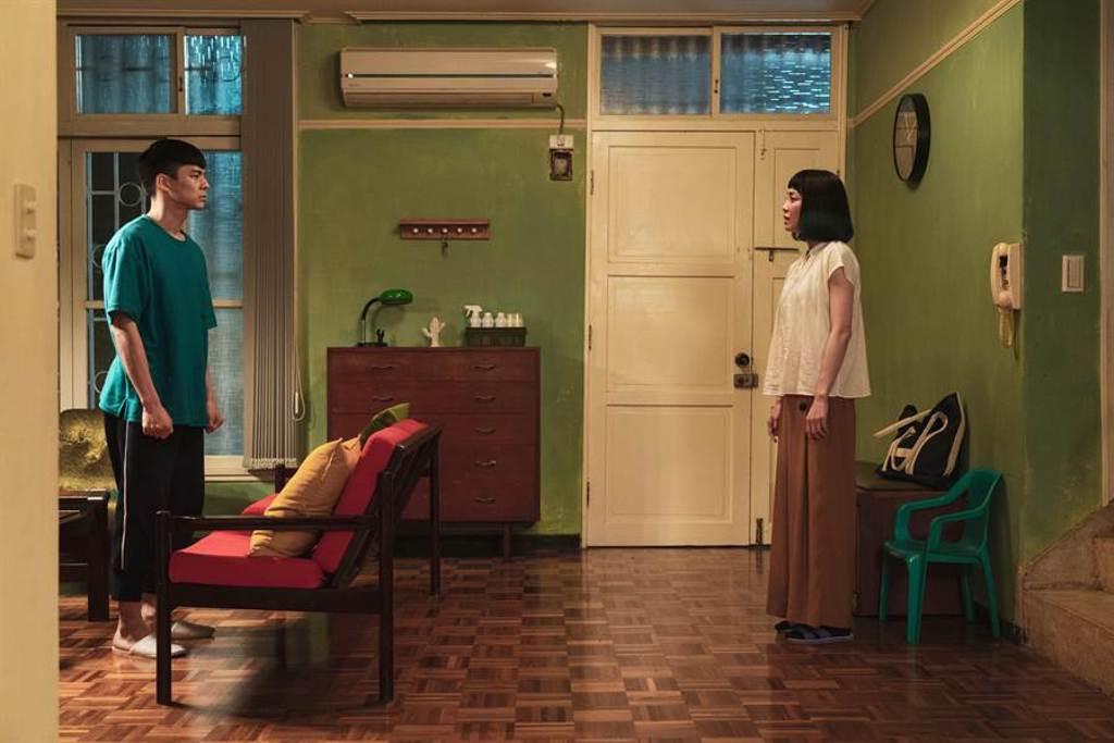 林柏宏、謝欣穎在《怪胎》感情戲令人印象深刻。(牽猴子提供)