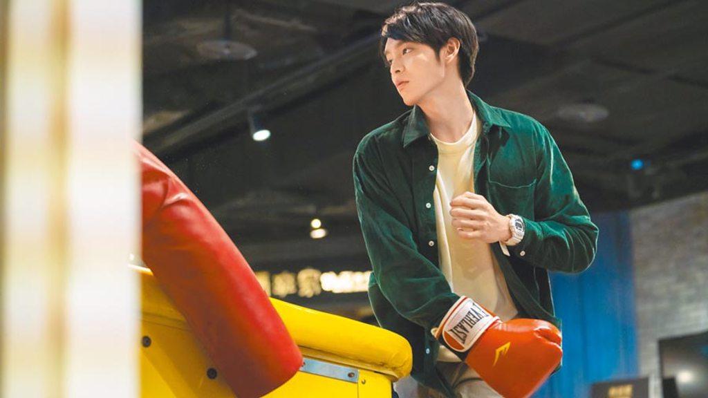 曹佑寧拍攝動作戲不慎受傷。(華映娛樂提供)