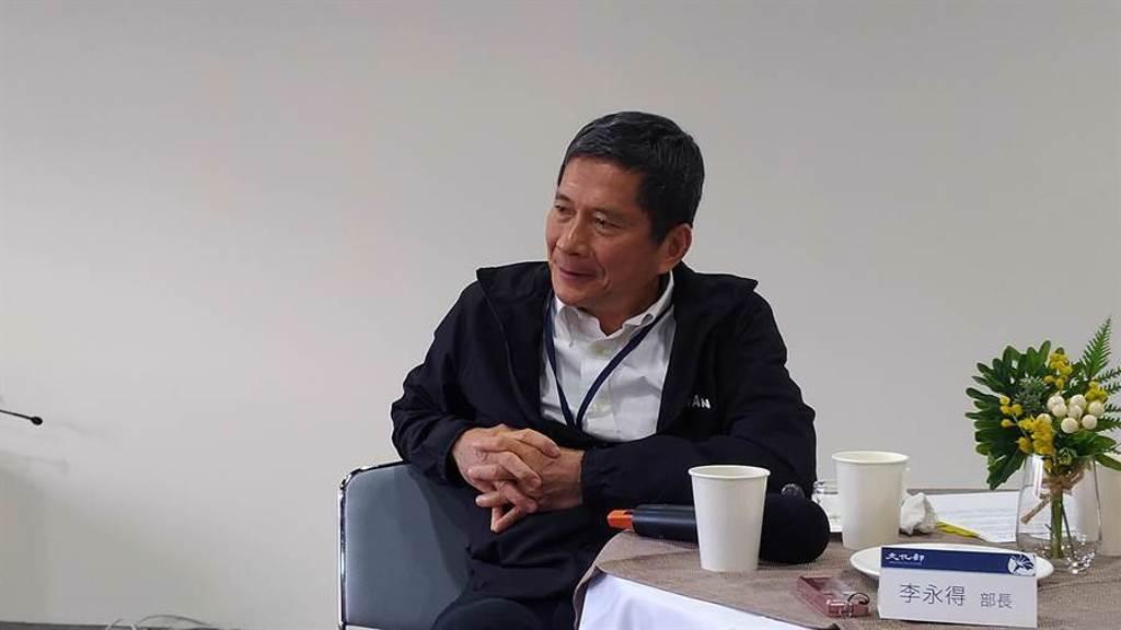 文化部長李永得預告將推出藝FUN券2.0。(王寶兒攝)