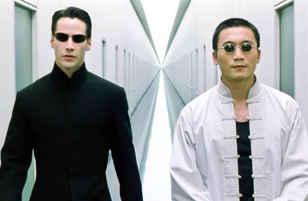 鄒兆龍在《駭客任務》拍攝期間,曾擔任基努李維替身幫對戲。(圖/達志提供)