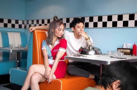 陳芳語與男友林利豪牽手放閃!首度合體拍〈4AM CALLS〉MV
