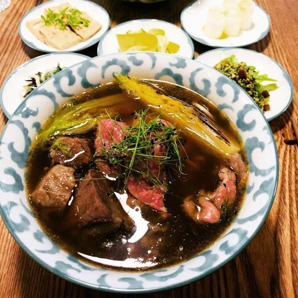 ▲「GUBAMI」以主廚多年法餐的經驗,解構民眾對牛肉麵的認知。/照片取自GUBAMI粉絲專頁