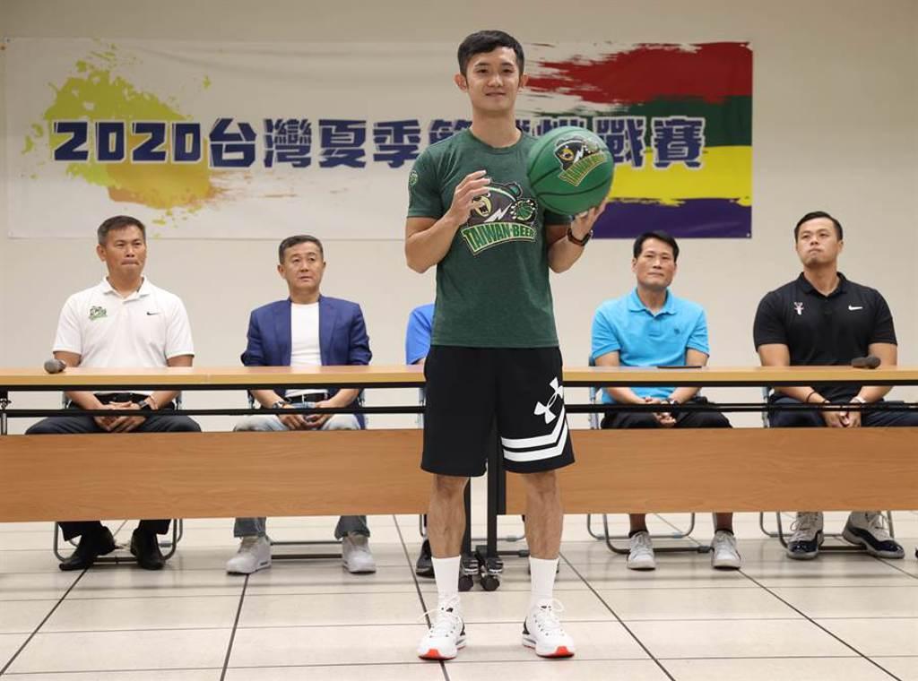 台啤蔣淯安因為腳踝傷勢,不會參加這次的夏季籃球挑戰賽。(中華籃協提供)