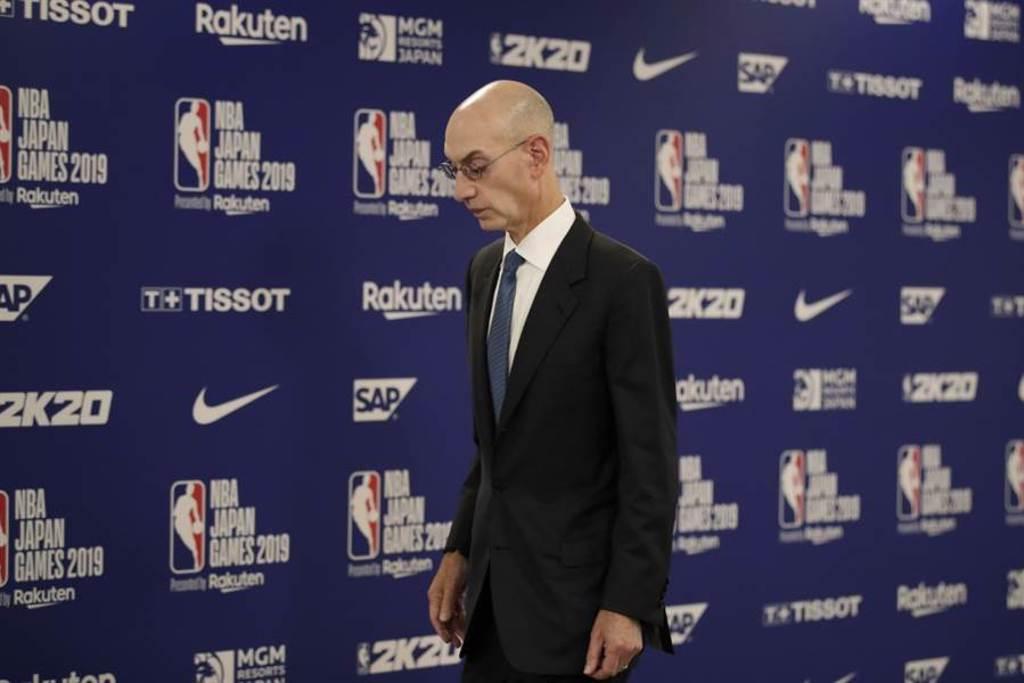 NBA總裁席爾佛相信要把籃球跟政治徹底切割,是不太可能的事。(美聯社)