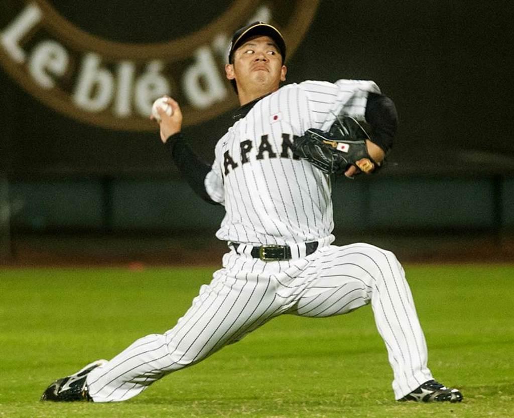 養樂多隊小川泰弘投出無安打比賽,他曾在2013年來台參加台日棒球交流賽。(資料照/鄭任南攝)