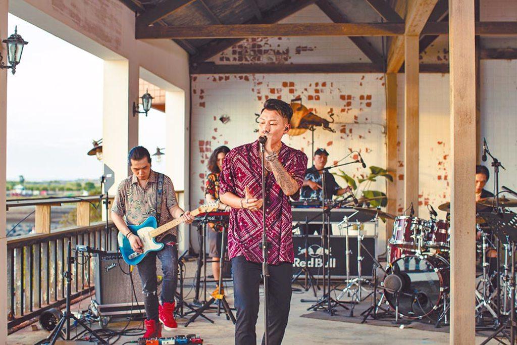 瘦子推出新專輯,宣布將舉辦線上演唱會。(本色音樂提供)