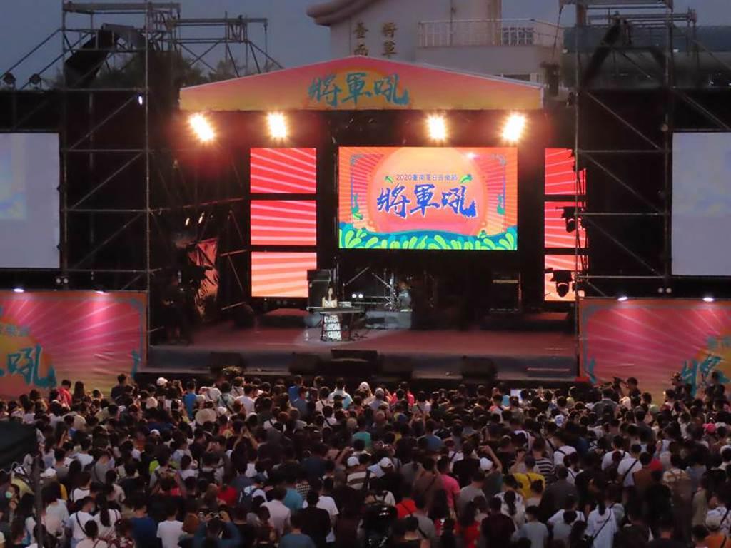 創作歌手吳汶芳展現音樂才華。(莊曜聰攝)