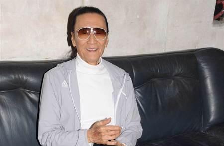 去年遭瞎傳腦梗離世 83歲謝賢近照曝光 臉頰手臂驚瘦了一圈