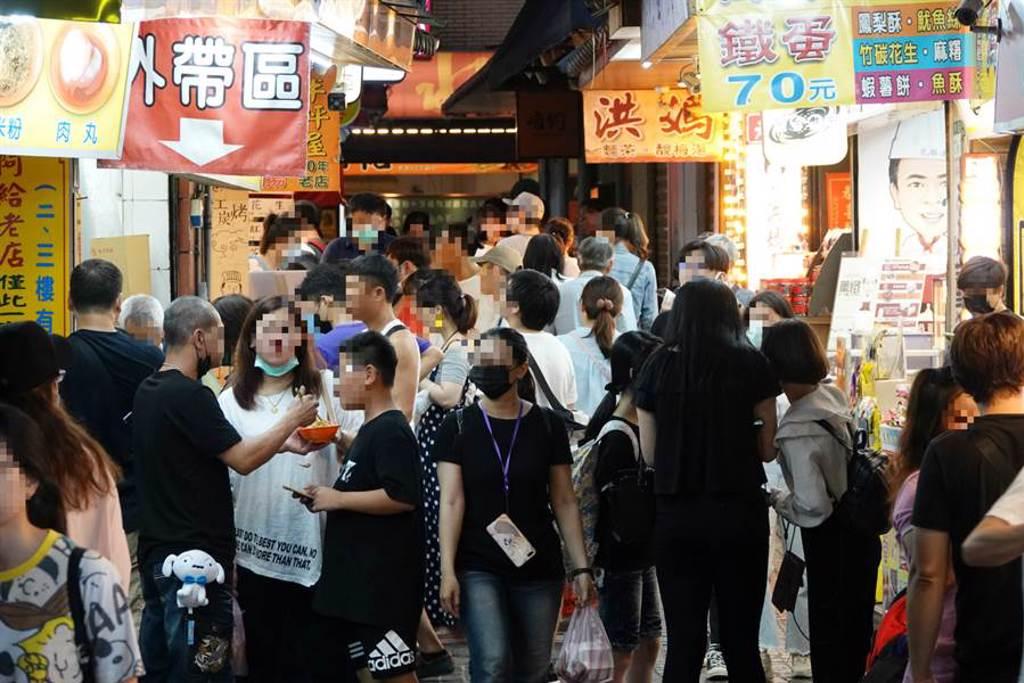 台灣有許多老街,到底哪個最好逛(示意圖/中時資料照/此為淡水老街/黃世麒攝影)