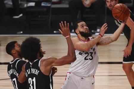 NBA》暴龍擊潰籃網 展現衛冕軍實力
