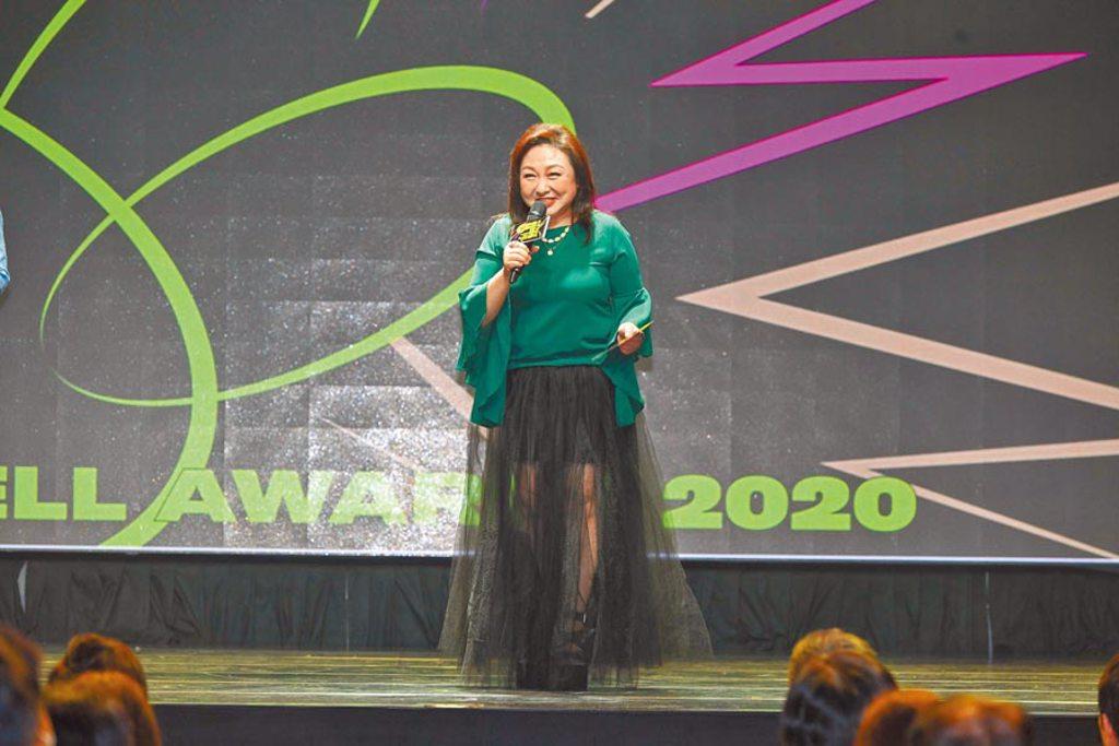 鄭怡昨擔任廣播金鐘獎入圍名單揭曉嘉賓。(三立提供)