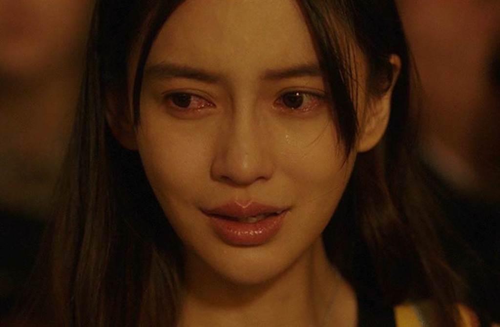 Angelababy被說「微笑唇」是哭戲演技的硬傷,讓人秒出戲。(翻攝自微博)