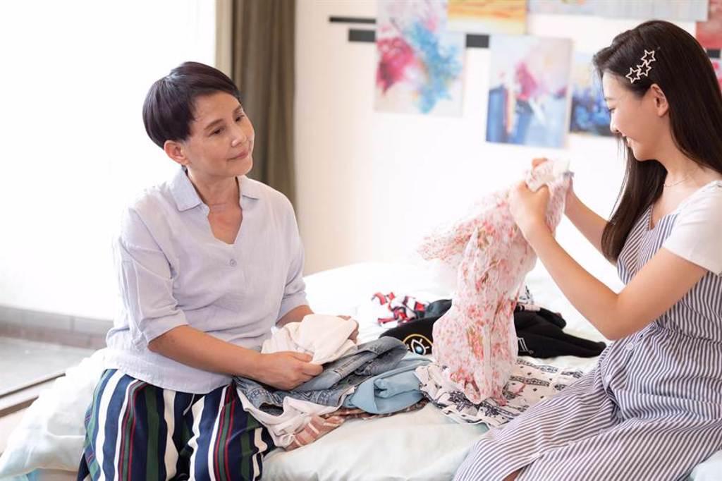 李明依演出《女力報到-正好愛上你》。(TVBS提供)