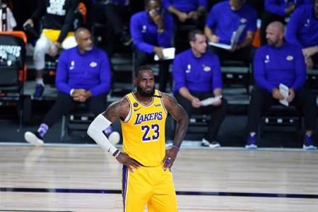 NBA》皮爾斯再噴詹皇:若被黑八不配史上最強
