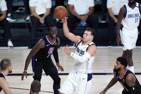NBA》強勢反彈!東契奇領獨行俠擊沉快艇