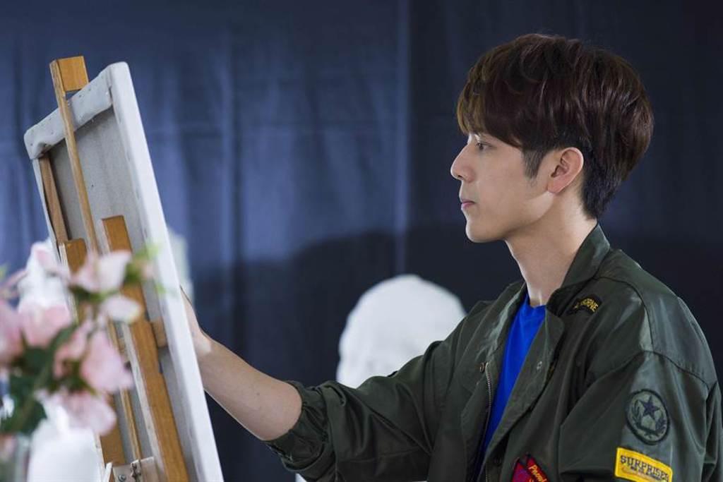 《那刻的怦然心動》胡宇威劇裡詮釋天才畫家。(中天娛樂台提供)