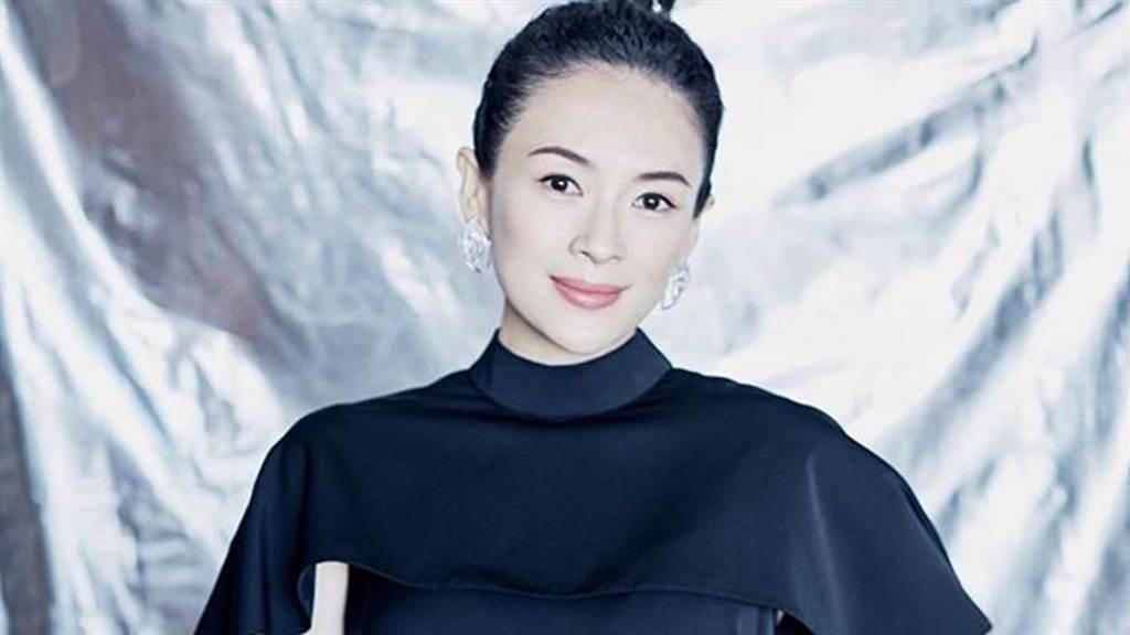 章子怡分享自己最重視的保養環節是「清潔」。(圖/IG@zhangziyi_official)