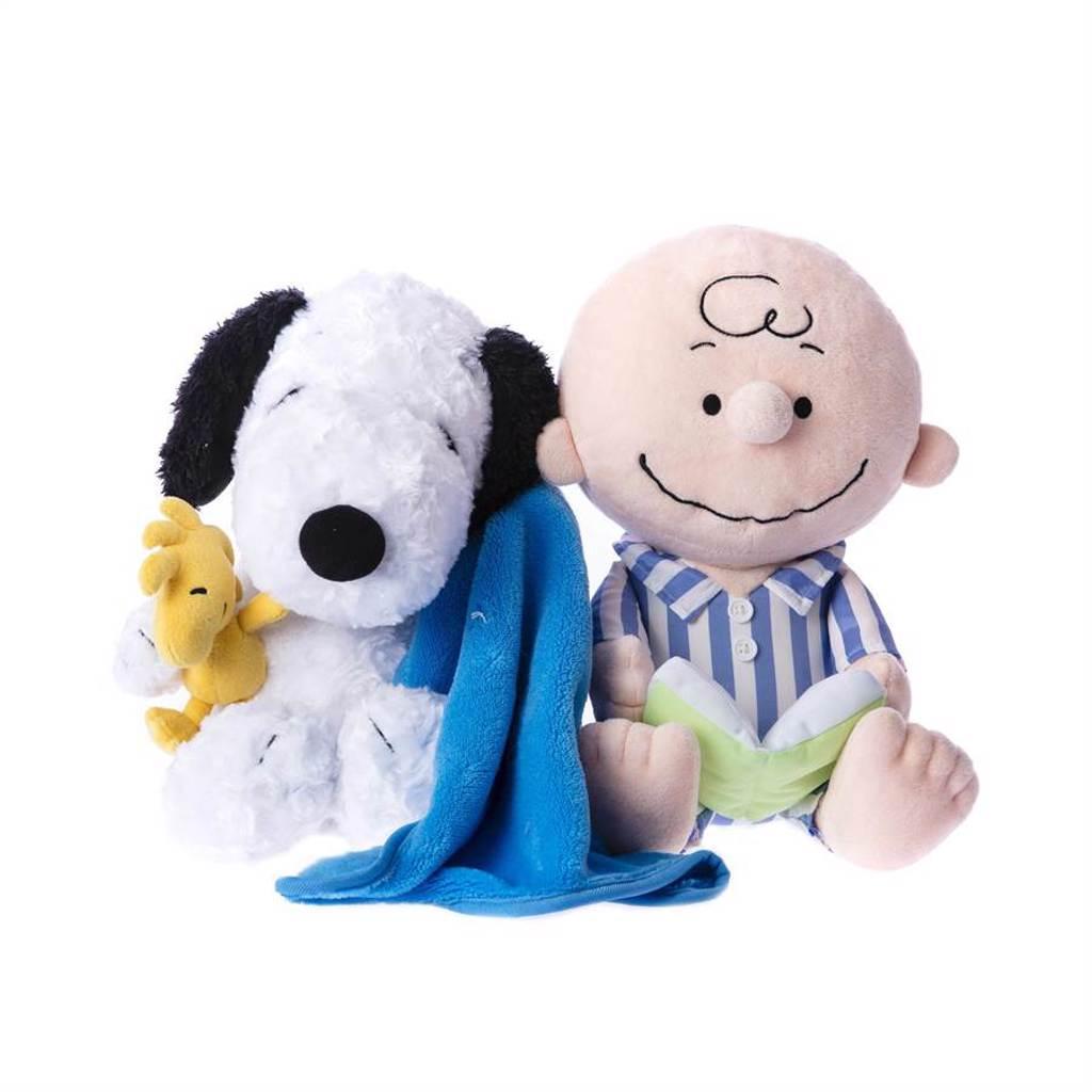 Snoopy系列史努比、查理布朗造型玩偶。(HOLA提供)