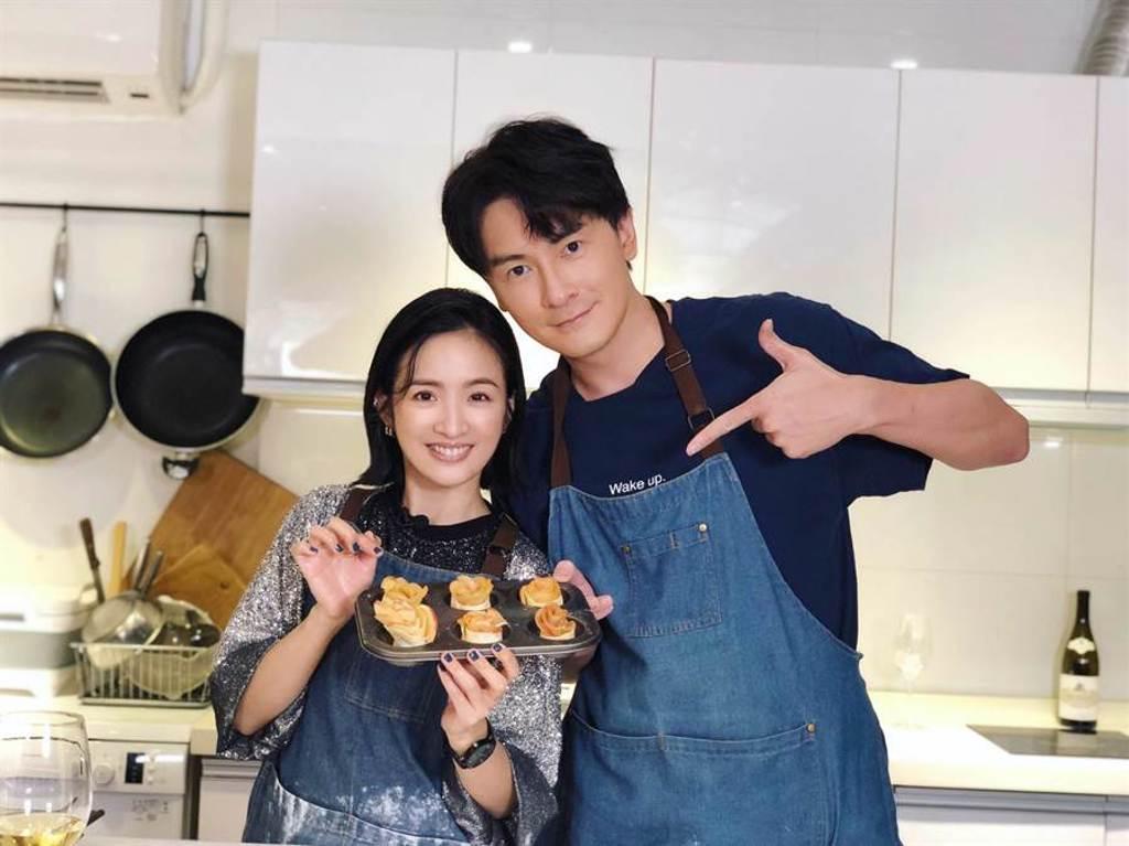 鄭元暢和林依晨合力製作甜點。(最大國際娛樂提供)