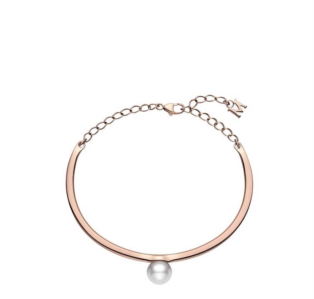 MIKIMOTO珍珠手環,日本Akoya珍珠直徑約7.75mm,約8萬2000元。(MIKIMOTO提供)