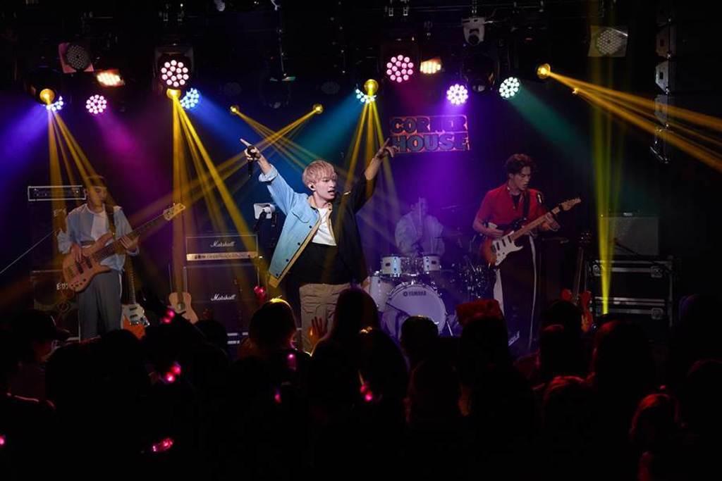 索尼新人noovy昨晚舉辦noovy《共感時代Y_OURS TOUR 2020》演唱會。(索尼音樂提供)