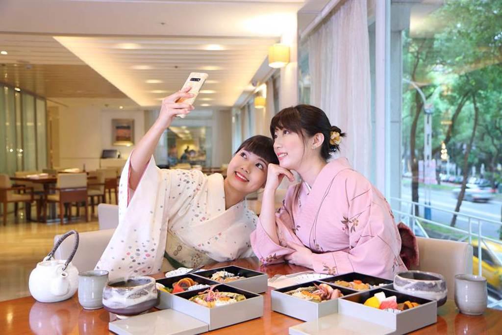 「和風秋旅」專案,可穿著浴衣享受日式3層下午茶,適合閨蜜同遊拍美照PO網。(台北老爺酒店提供)