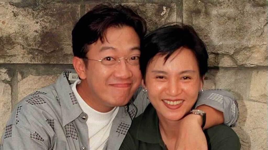 夏玲玲閃婚小10歲曹啟泰「被酸姐弟戀始祖」結縭34年如膠似漆。(圖/中時資料照)