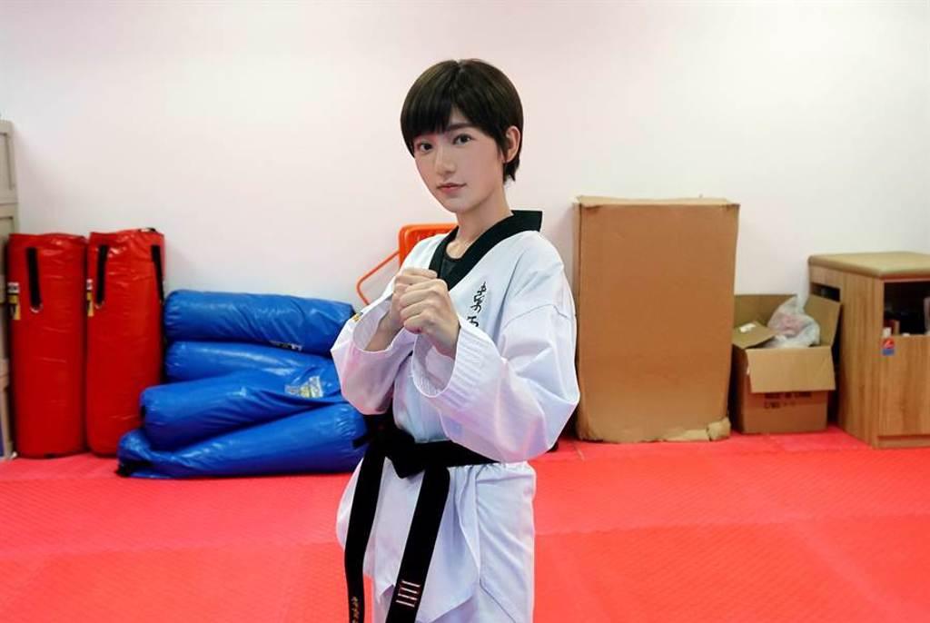 郭雪芙飾演跆拳道選手。(八大)