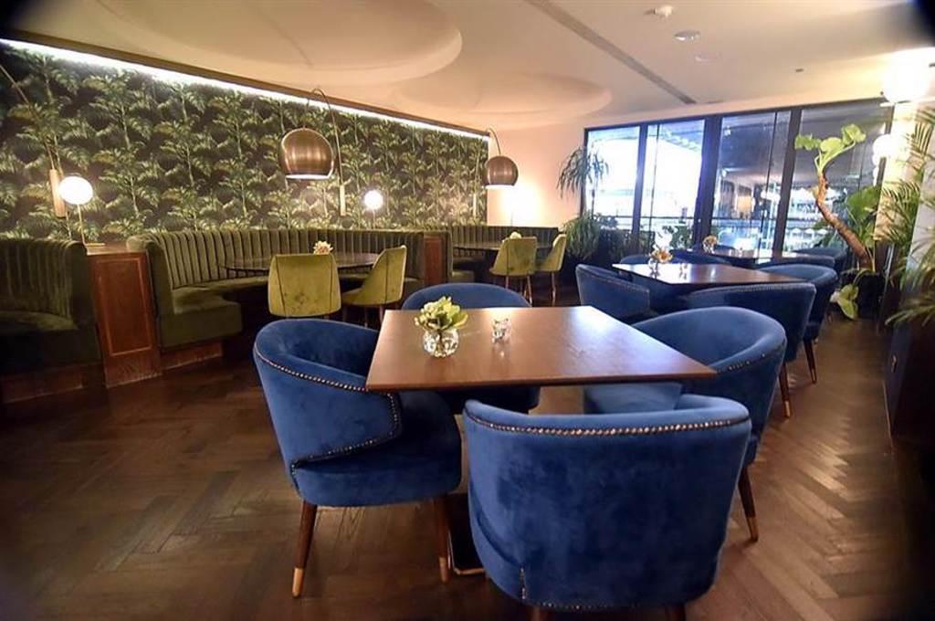 台北今年新增3家米其林星餐廳,位在永康商圈的「TOWN By Bryan Nagao」夏威夷餐廳(如圖)、國賓飯店「A CUT」牛排館,與台北慕舍「Molino de Urdaniz」西班牙餐廳均入榜。(圖/姚舜)