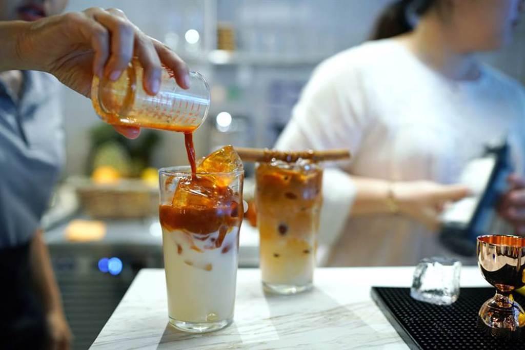 「台灣人檢定」杯子飲料連連看 網秒懂:這什麼巫術(示意圖/達志影像)