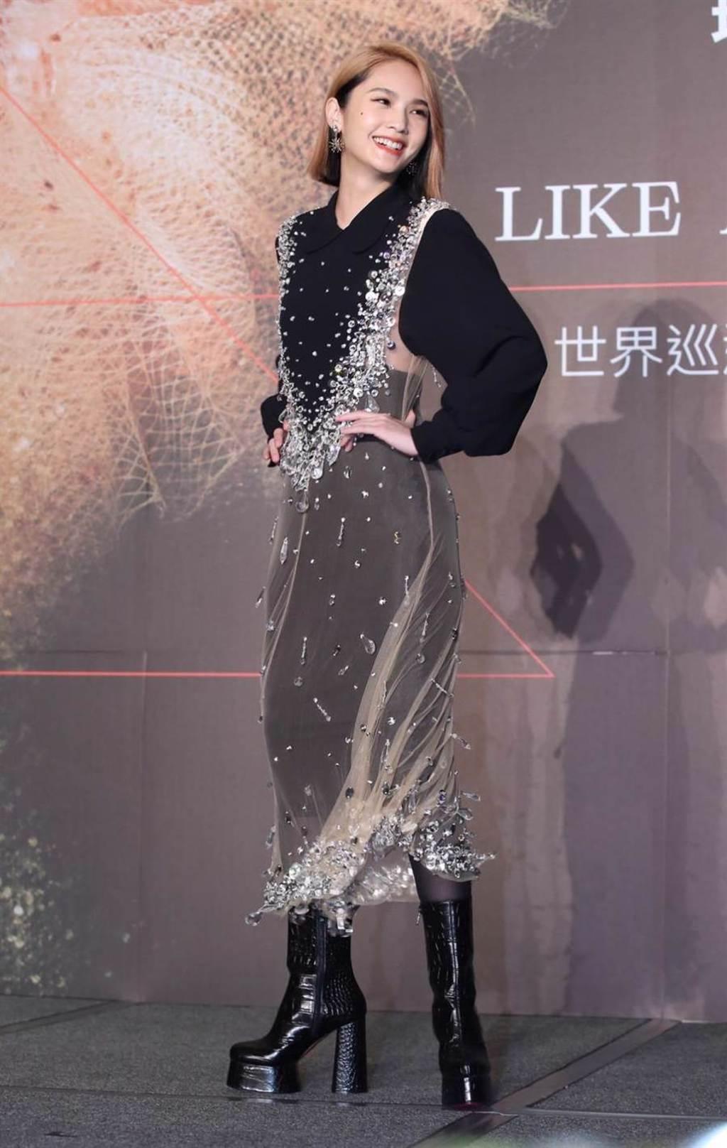 楊丞琳今以新髮型出席記者會。(陳俊吉攝)