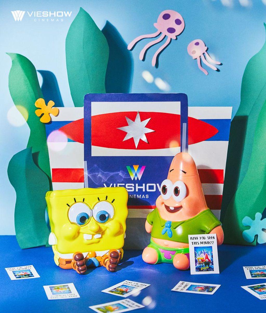 看電影有超萌海綿寶寶與派大星造型杯組可選 (圖片來源:華納威秀粉絲團)