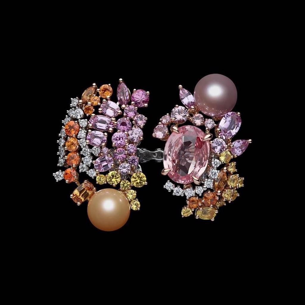 Dior「Tie & Dior」帕德瑪粉橙藍寶石珍珠戒指,約1550萬元。(Dior提供)