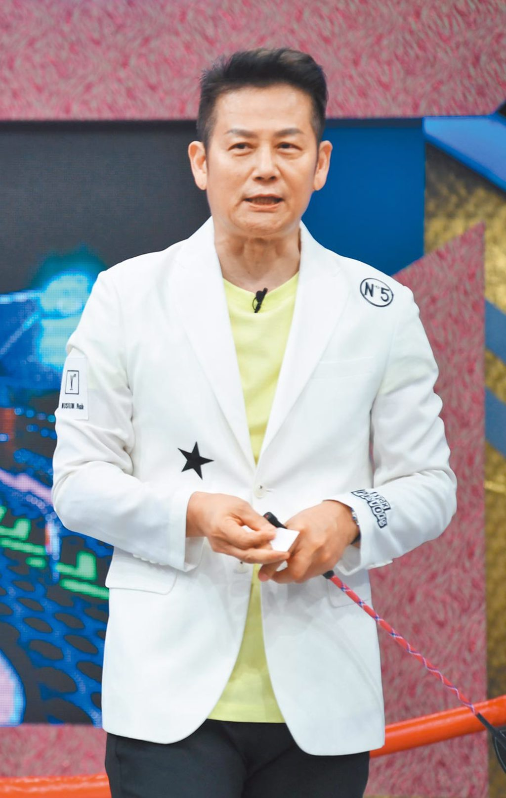 徐乃麟昨主持《天才衝衝衝》談到話題人物孫安佐。(華視提供)