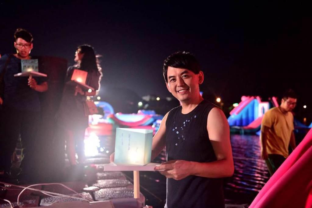 黃子佼日前在台南舉辦彩蛋鯨喜演唱會。安平虎鯨ORCA GO!提供