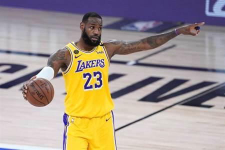 NBA》字母哥被酸只是皮朋 詹皇躺槍爆氣回嗆