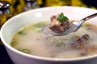 獨〉天皇吃他家泡菜 日本最大韓式家庭料理連鎖 SAIKABO插旗南港