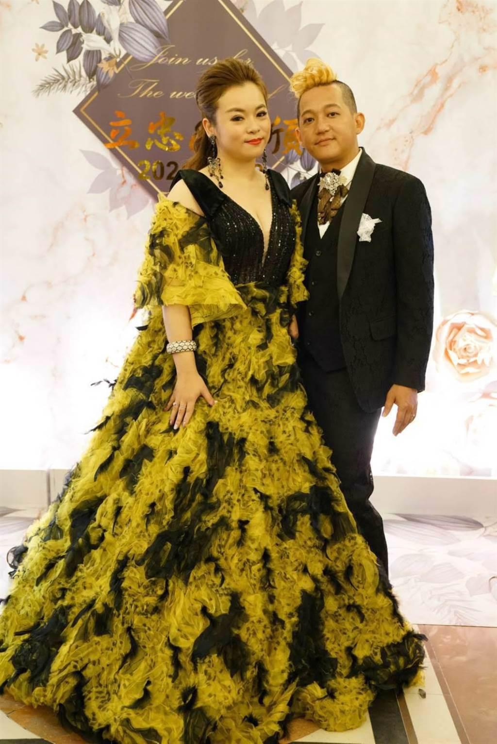 32歲藝人徐紫淇22日與另一半黃立忠結婚。(萬鴻提供)