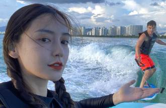 Angelababy爆海邊約會男星 網瘋猜他「曾傳車震」