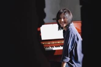 MV人咧?孫燕姿寵粉再出自彈自唱版