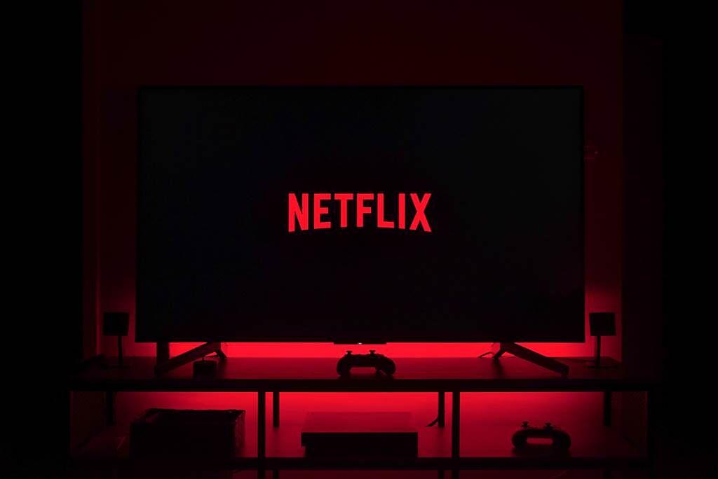 Netflix是許多人追劇、看電影的熱門影音串流平台,3C達人「電腦王阿達」公開各類影片分類的代碼,透露只要在分類網址中輸入代碼「100040」,全是18禁成人電影。(示意圖/達志影像)